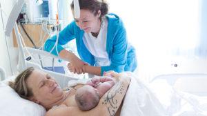 Kaiserschnitt, Entbindung mit Hebamme, hebammen.at